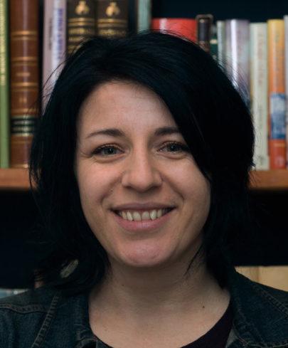 Dr Lizzil Gay